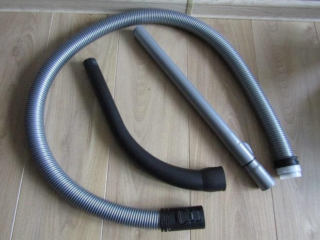 Трубы и шланг