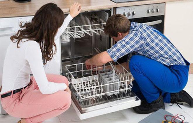 Поломалась посудомойка