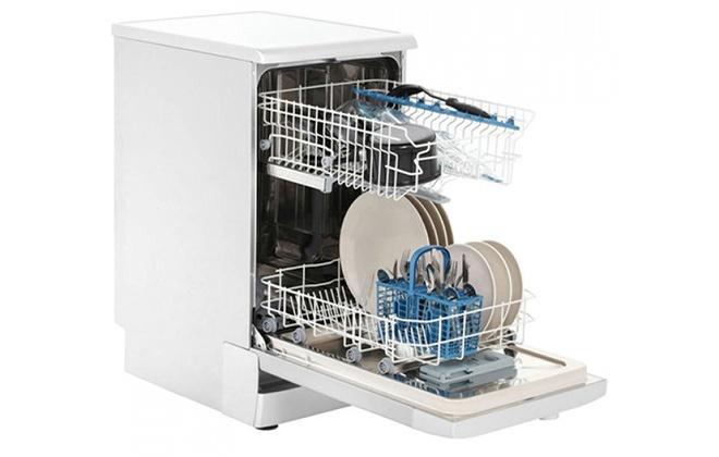 Посудомоечная машина Indesit DSR 26B RU в открытом виде