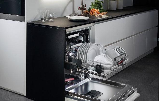 Посудомойка в интерьере