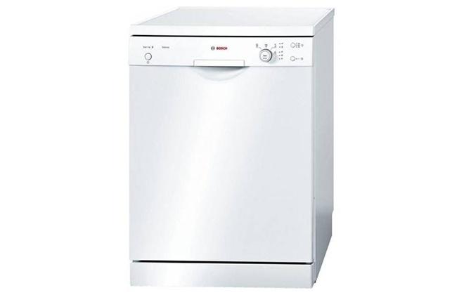 Внешний вид белой посудомойки Bosch SMS 4aw00e