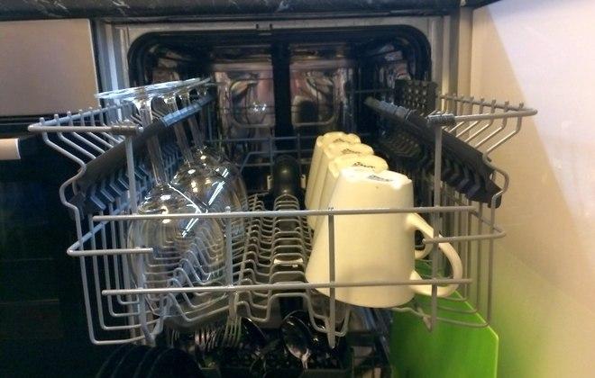 Загрузка посуды