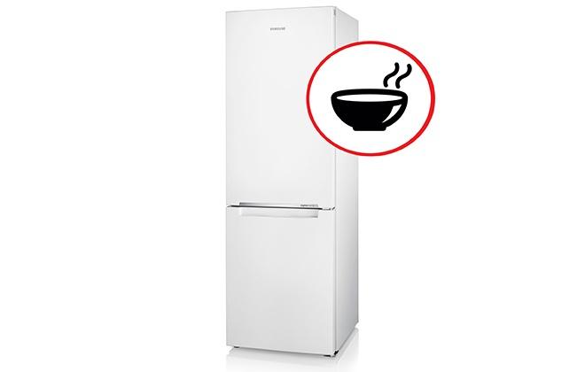 Белый холодильник с двумя камерами
