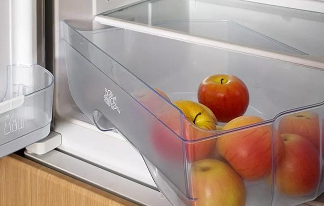 Чаша для фруктов в холодильнике Атлант