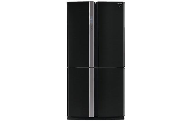 Двухдверный черный холодильник Sharp SJ-FP97VBK