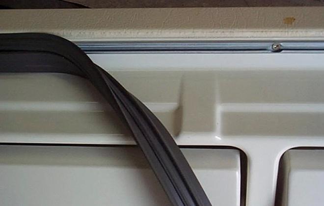 Износ уплотнителя на дверце холодильника