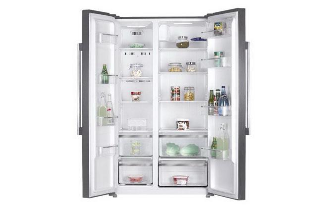 Крупный холодильник от Leran