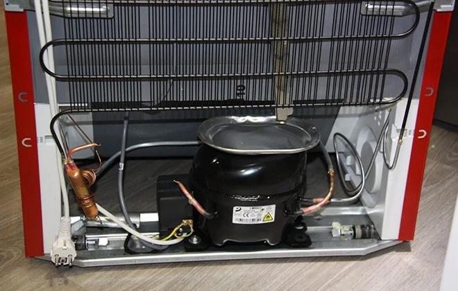 Месторасположение компрессора в холодильнике
