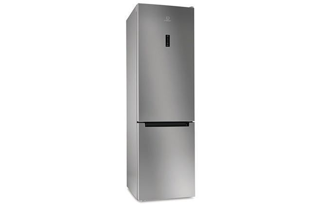 Внешний вид холодильника Indesit DF 5200 S