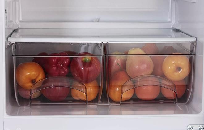 Чаши для овощей и фруктов в холодильнике Атлант