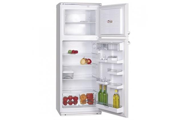 Холодильник Атлант 2835-90 с открытыми дверцами