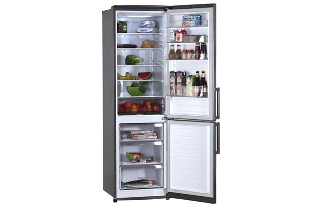 Холодильник LG GA-B499YLUZ с продуктами