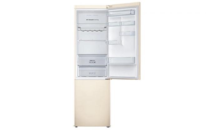 Холодильник Samsung RB30J3200EF с открытой дверцей