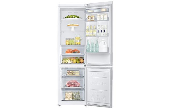 Холодильник Samsung RB37J5200WW с продуктами