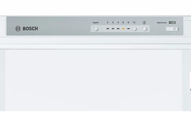 Панель управления холодильником Bosch NatureСool KGV39XK2AR