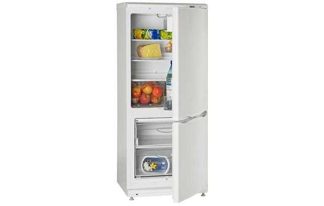 Внешний вид холодильника Аилант с двумя дверцами