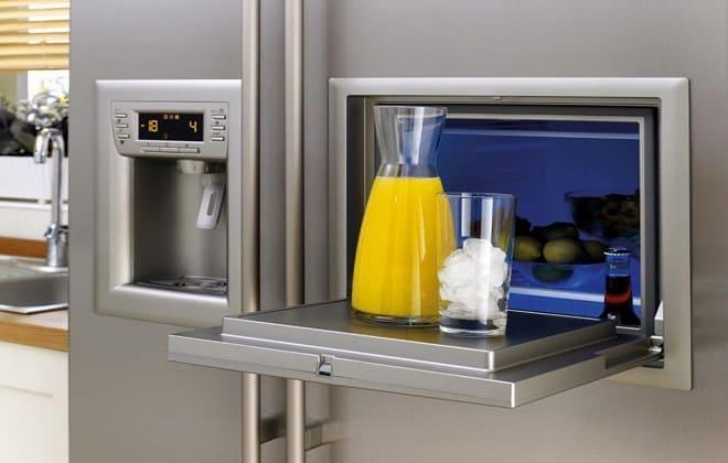 Ледогенератор в холодильнике