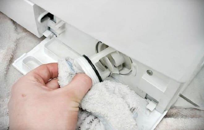 Дренажный фильтр стиральной машины