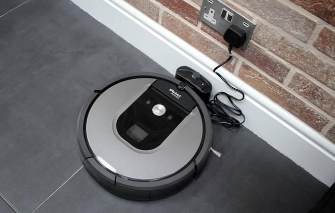 Зарядка батареи пылесоса
