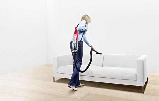 Уборка в помещении с помощью пылесоса Bosch