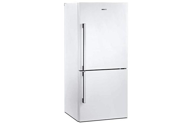 Холодильник с наружными ручками Beko CN 327120