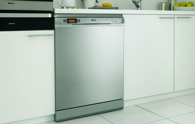 Посудомоечная машина Beko в кухонном гарнитуре