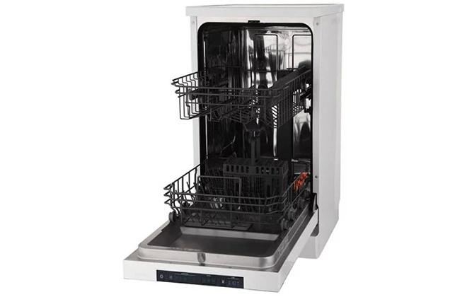Посудомоечная машина Gorenje с открытой дверцей