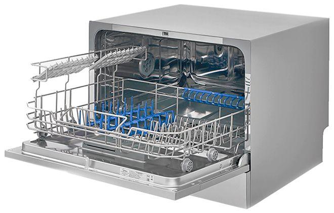 Посудомойка Midea с подставками для посуды внутри