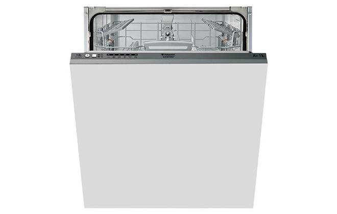 Широкая посудомойка Hotpoint-Ariston LStF 9M117 C