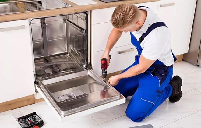 Установка посудомоечной машины мастером
