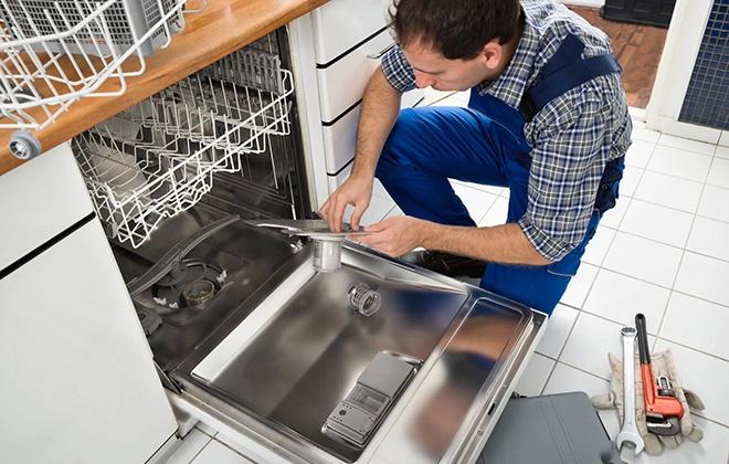 Установка посудомойки мастером
