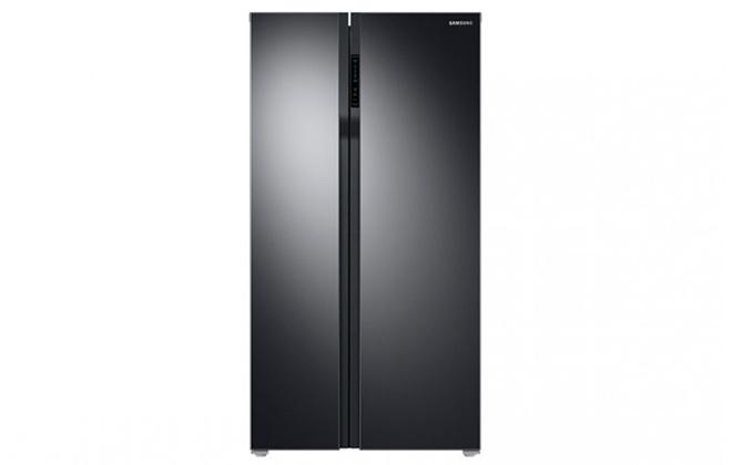 Черный двухдверный холодильник Samsung RS55K50A02C