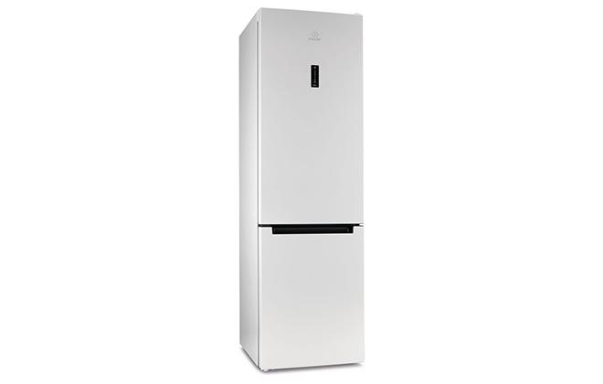 Холодильник INDESIT DF 5200 W с морозилкой в нижней части