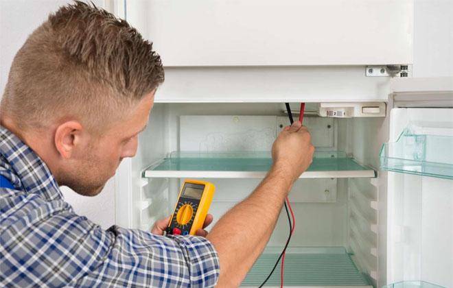 Мастер по ремонту холодильника
