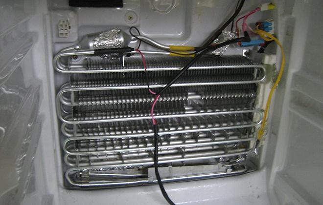 Нагревательная система в холодильнике
