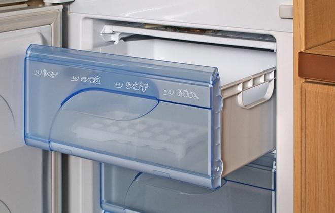 Выездной ящик в холодильнике