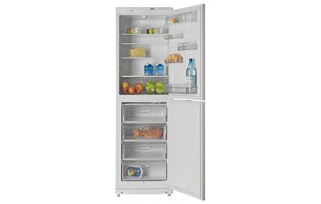 Холодильник Атлант 6023-031 с продуктами