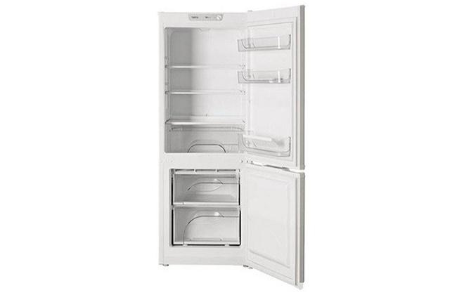 Холодильник Атлант ХМ 4208-000 внутри