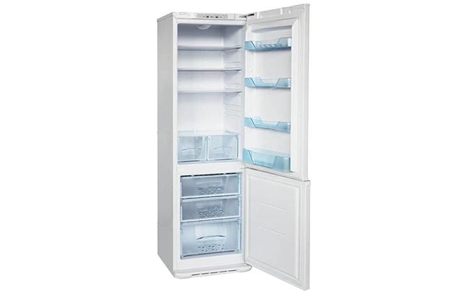 Холодильник Бирюса 127 внутри