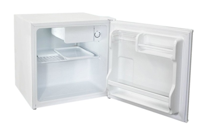 Холодильник Бирюса 50 в открытом виде