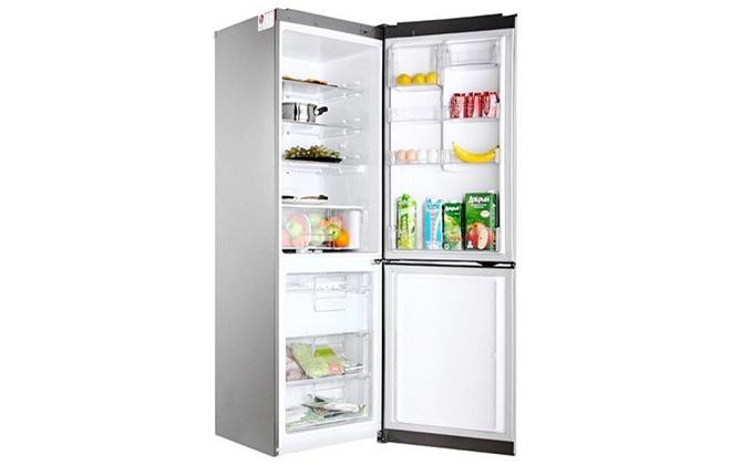 Холодильник LG GA-B419SLGL с продуктами