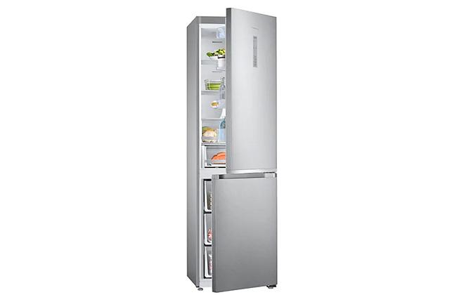 Холодильник Samsung RB41J7811SA с приоткрытыми дверцами