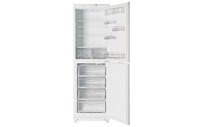 Пустой холодильник Атлант