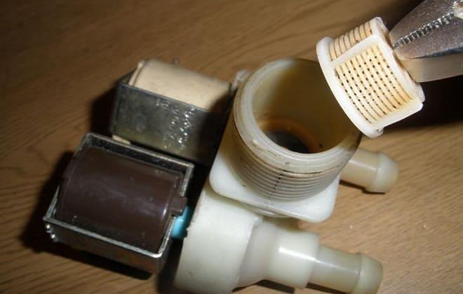 Поломка впускного клапана в стиралке