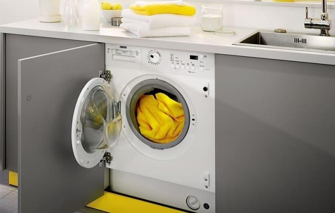 Стиральная машина Занусси сама не сливает воду и не отжимает