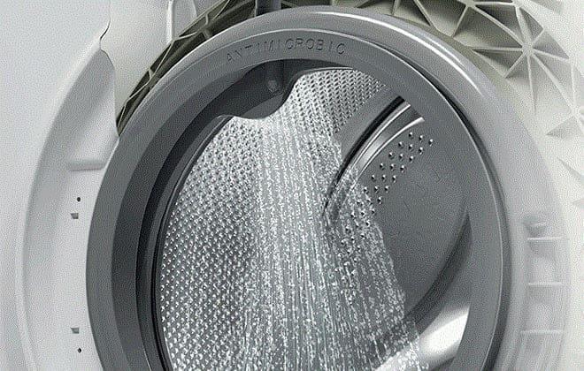 Почему cтиральная машина набирает воду но не стирает